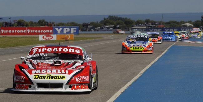 Rossi venció a paso redoblado