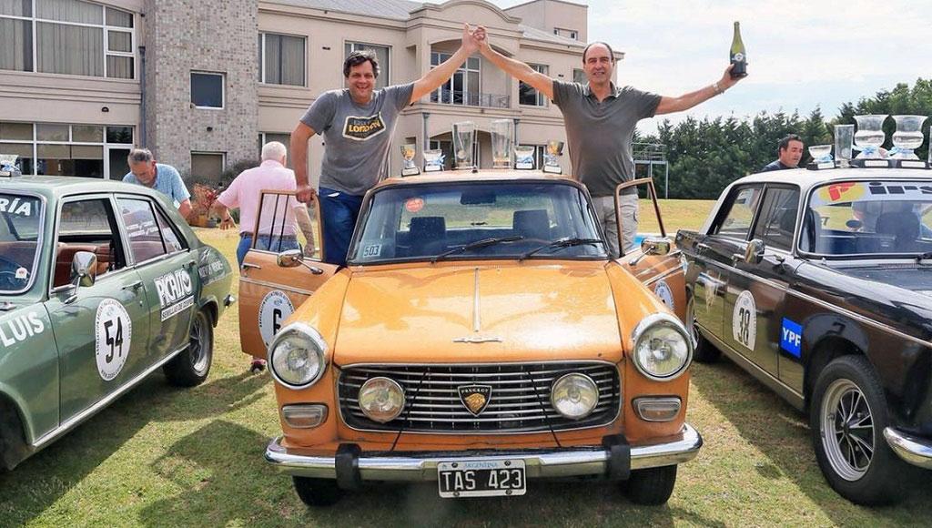 Con los Peugeot bien arriba